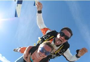 Saut en parachute à Pujaut